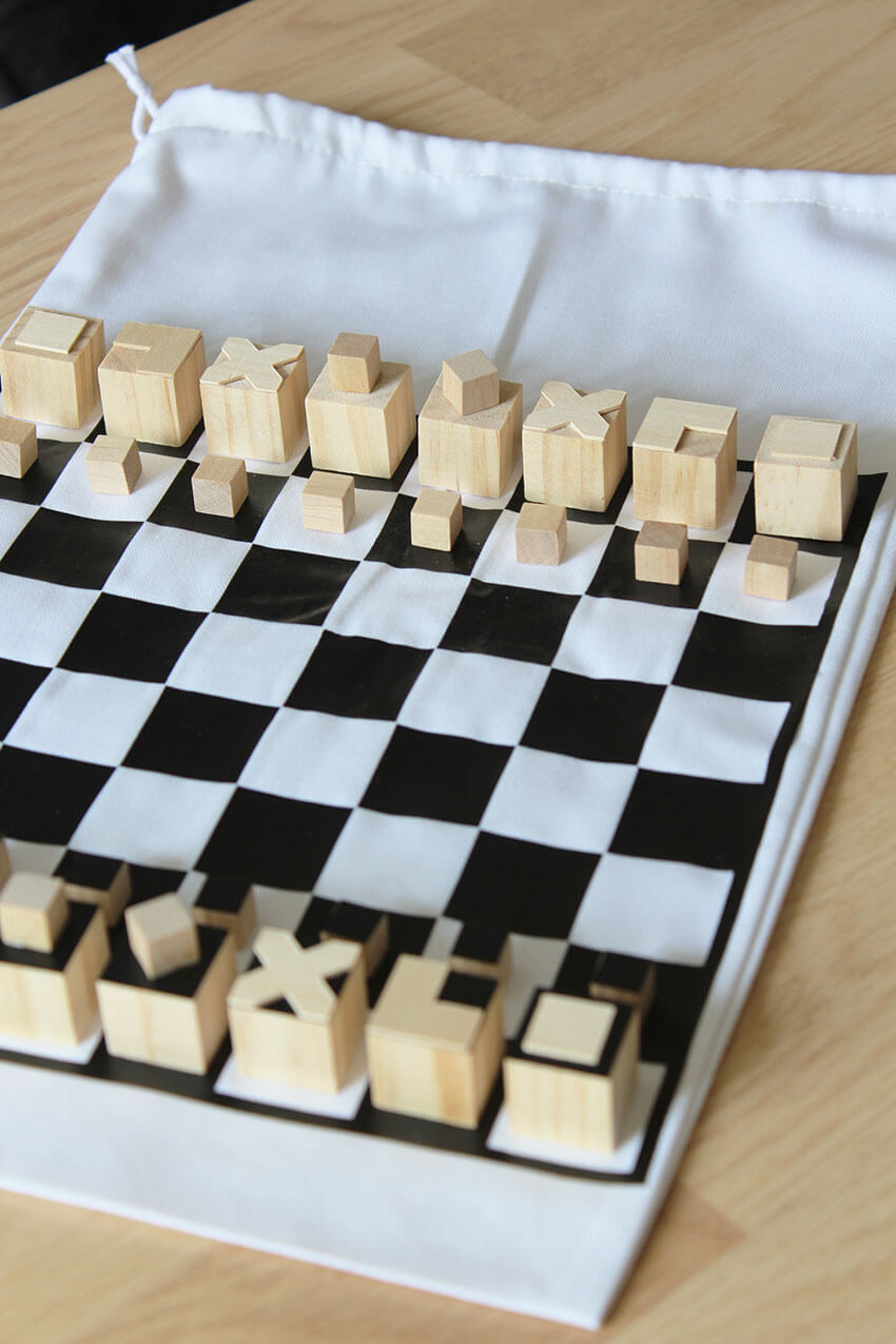 This DIY travel chess is a very